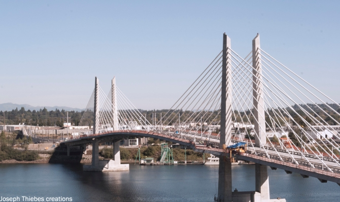 Tilikum Crossing. Photograph by Joseph Thiebes, 2014.